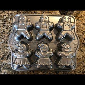 Never used - Gingerbread kids cake pan